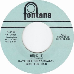 dave-dee-dozy-beaky-mick-and-tich-bend-it-1966-14