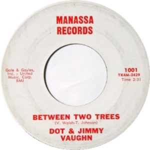 Manassa 1001 - Vaughn, Dot and Jimmy - Between Two Trees R