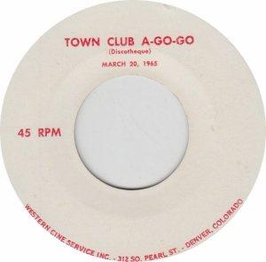 TOWN CLUB A GO GO - DEN PEARL