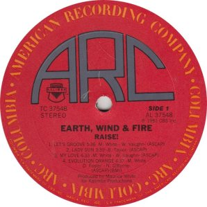 EARTH WIND FIRE - ARC 37548r (1)