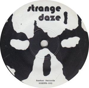 STRANGE DAZE_0004