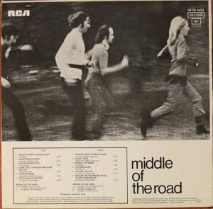 MIDDLE OF THE ROAD 1971 B