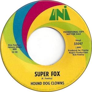 hound-dog-clowns-68